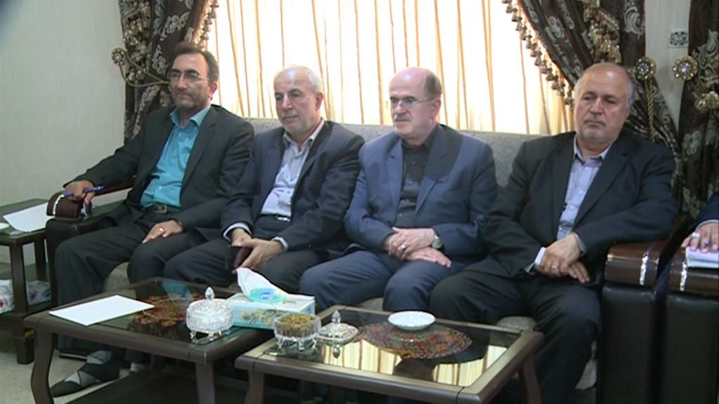 بررسی مسائل ومشکلات استان در نشست مشترک استاندار با مجمع نمایندگان گیلان