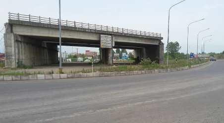 فرماندار فومن از بلاتکلیفی ساخت تقاطع ورودی شهر انتقاد کرد